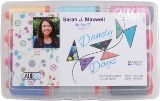 sarah-maxwell-dandy-days-lg-outside